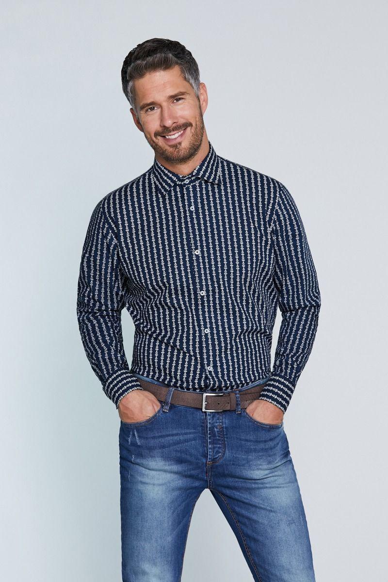 Camicia collo francese microfantasia su sfondo blu