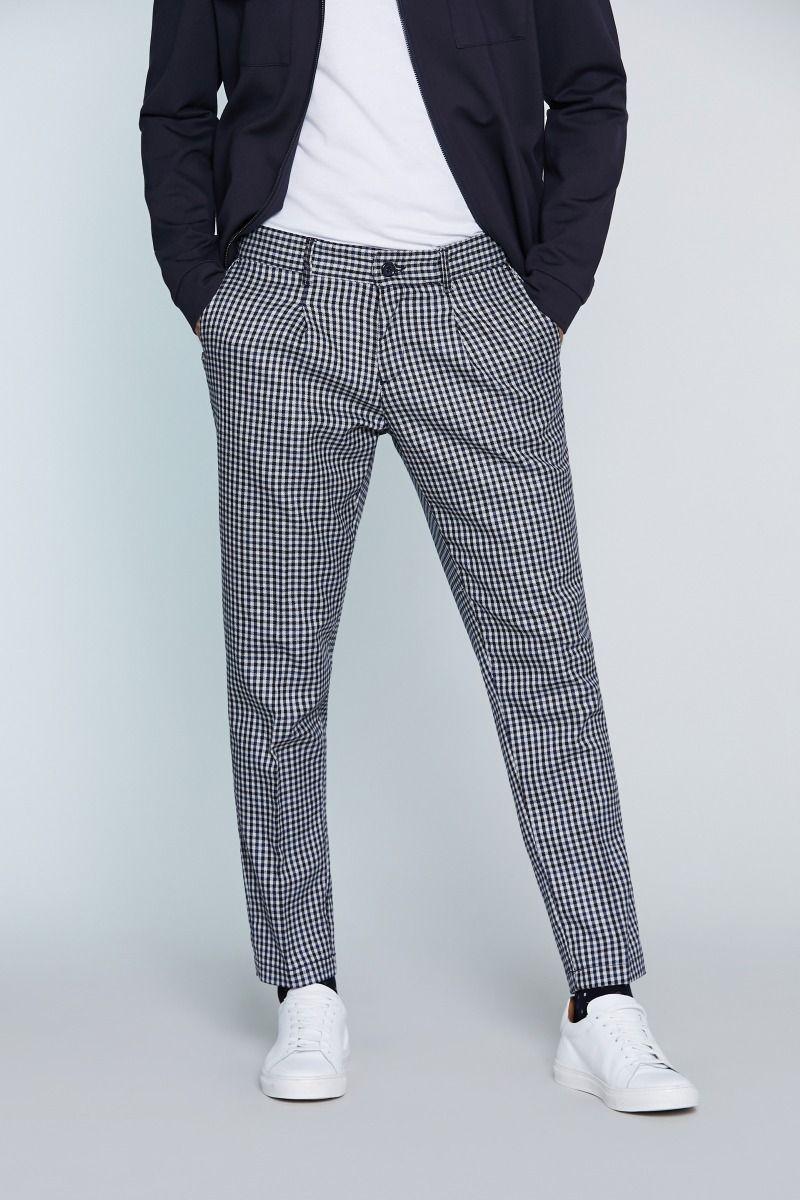 Pantalone tasca America in Caldo Cotone con Pences a quadretti Fondo bianco e quadretti blu, grigio e navy.